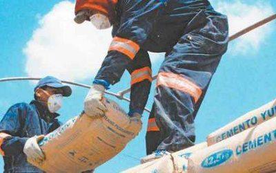 Manipulación o desplazamiento en obras de construcción de bolsas de cemento